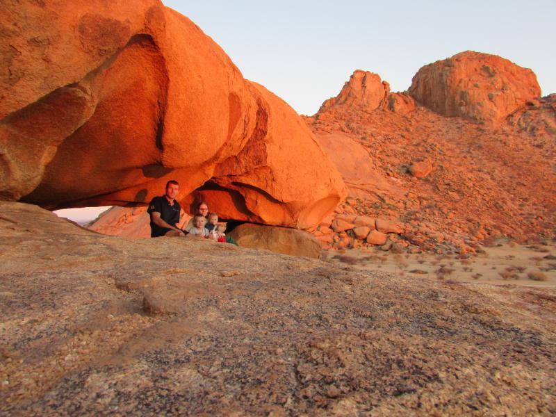 Ons op 'n kamp toer deur Namibia